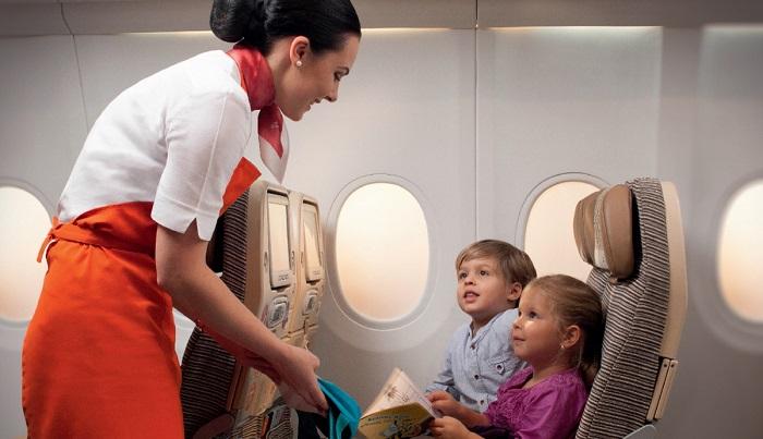 Авиаперелет пассажиров c маленькими детьми