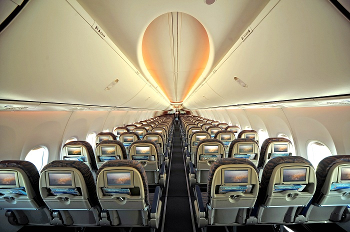 Что ожидает пассажиров в аэропорту и на борту лайнеров