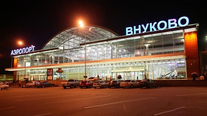 Парковка на терминале B во Внуково