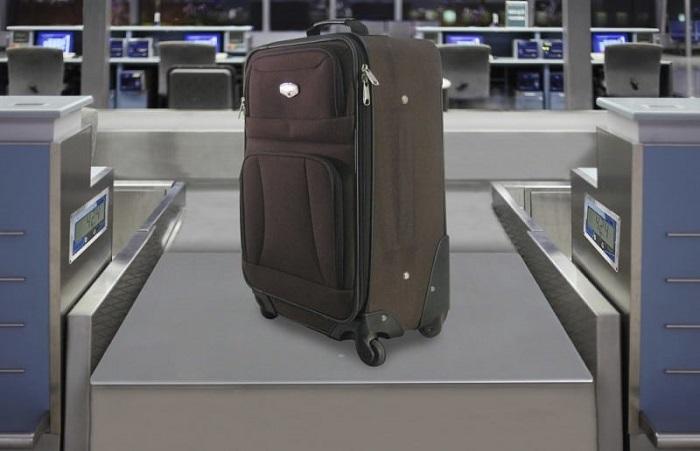 Сколько стоит провоз багажа в бюджетных компаниях