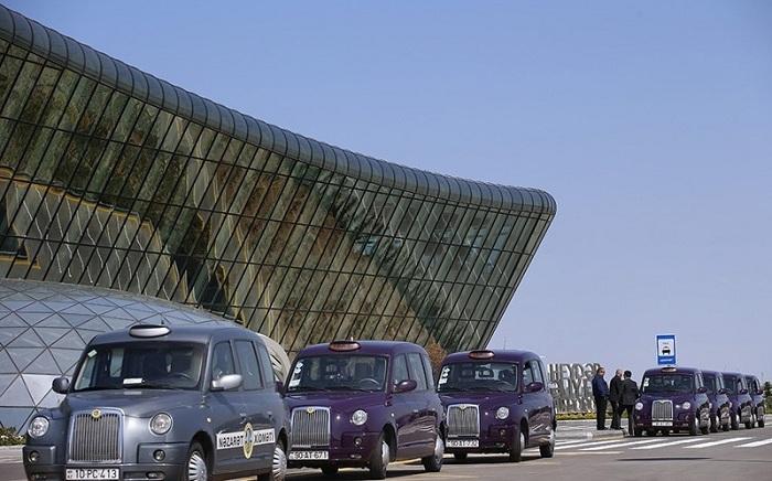 Как добраться из аэропорта Баку в центр города на такси