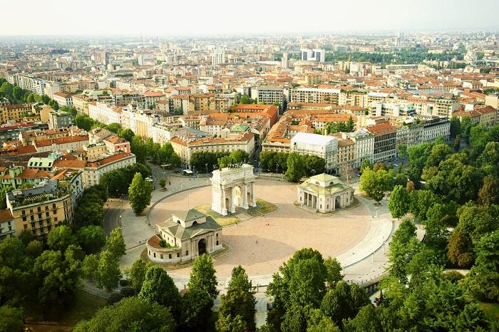 Популярные и культурные уголки центра Северной Италии