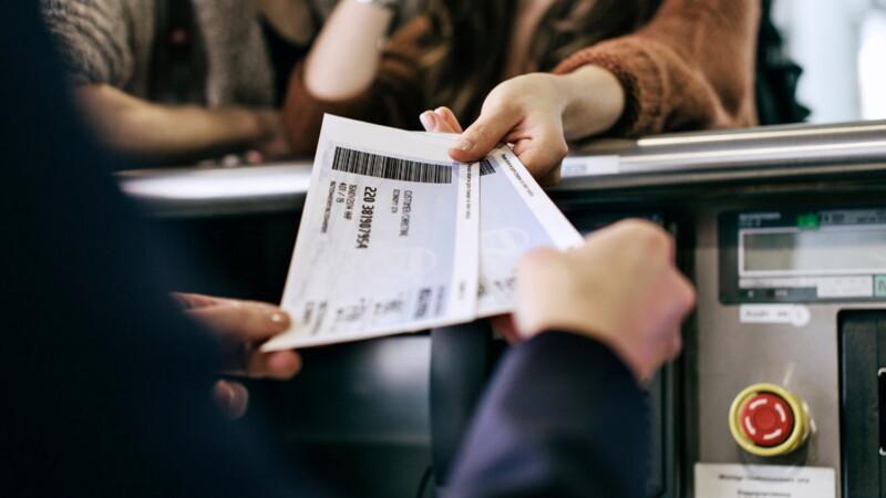 Советы по покупке билета. Время на борту самолета