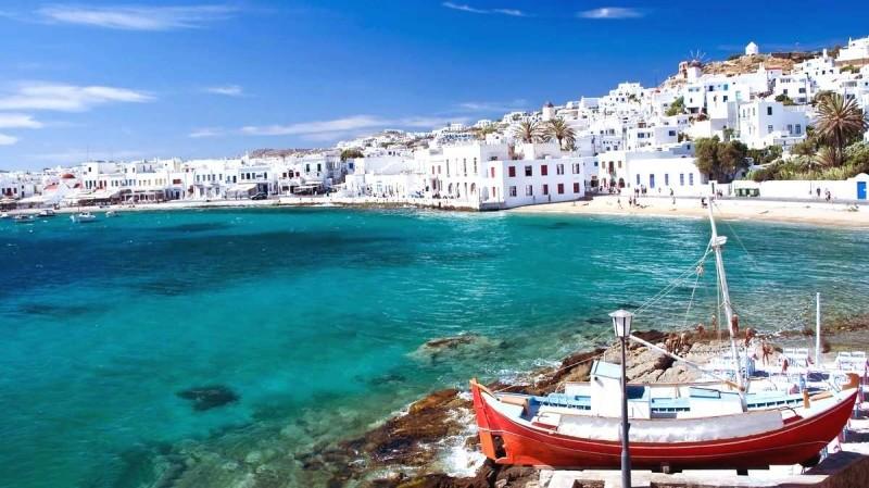 Туристический сезон на острове Крит
