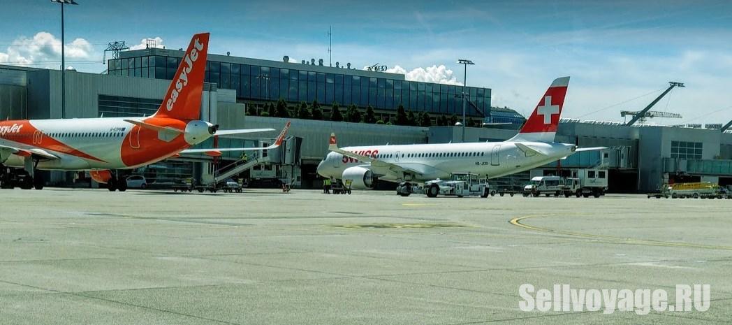 Самолеты авиакомпании EasyJet и SWISS