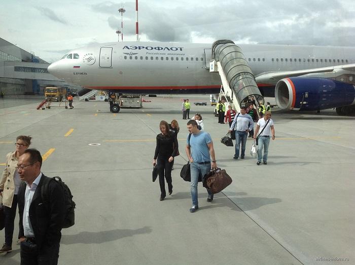 Стоимость авиабилетов на рейс «Владивосток-Москва» для пенсионеров от компании «Аэрофлот»