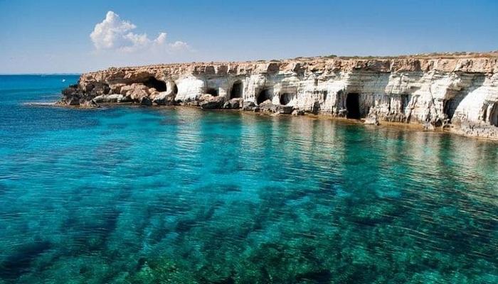 Куда прибывают самолеты на Кипре
