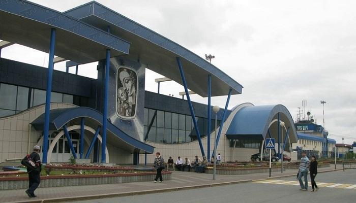 Ермак, Салманов, Филипенко: в декабре станет известно, чье имя присвоят аэропорту Сургута