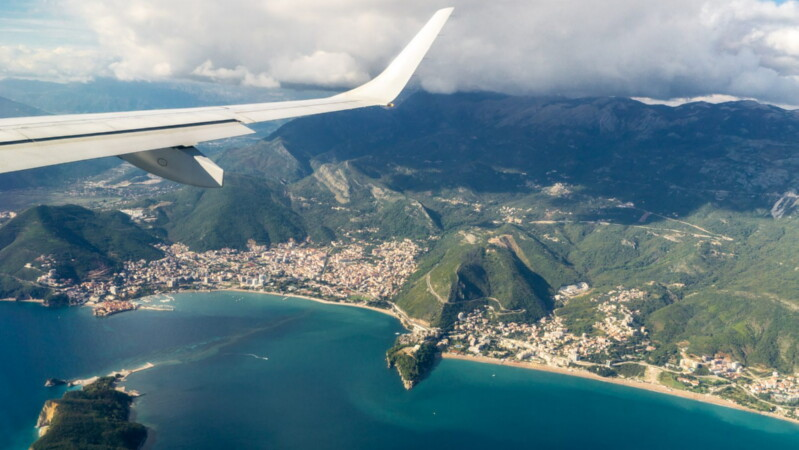 Когда лучше лететь в Черногорию