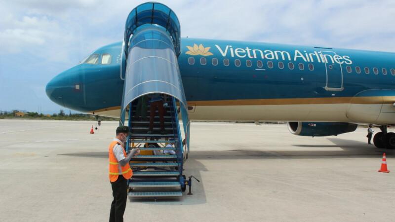 Полет с пересадками Омск — Вьетнам