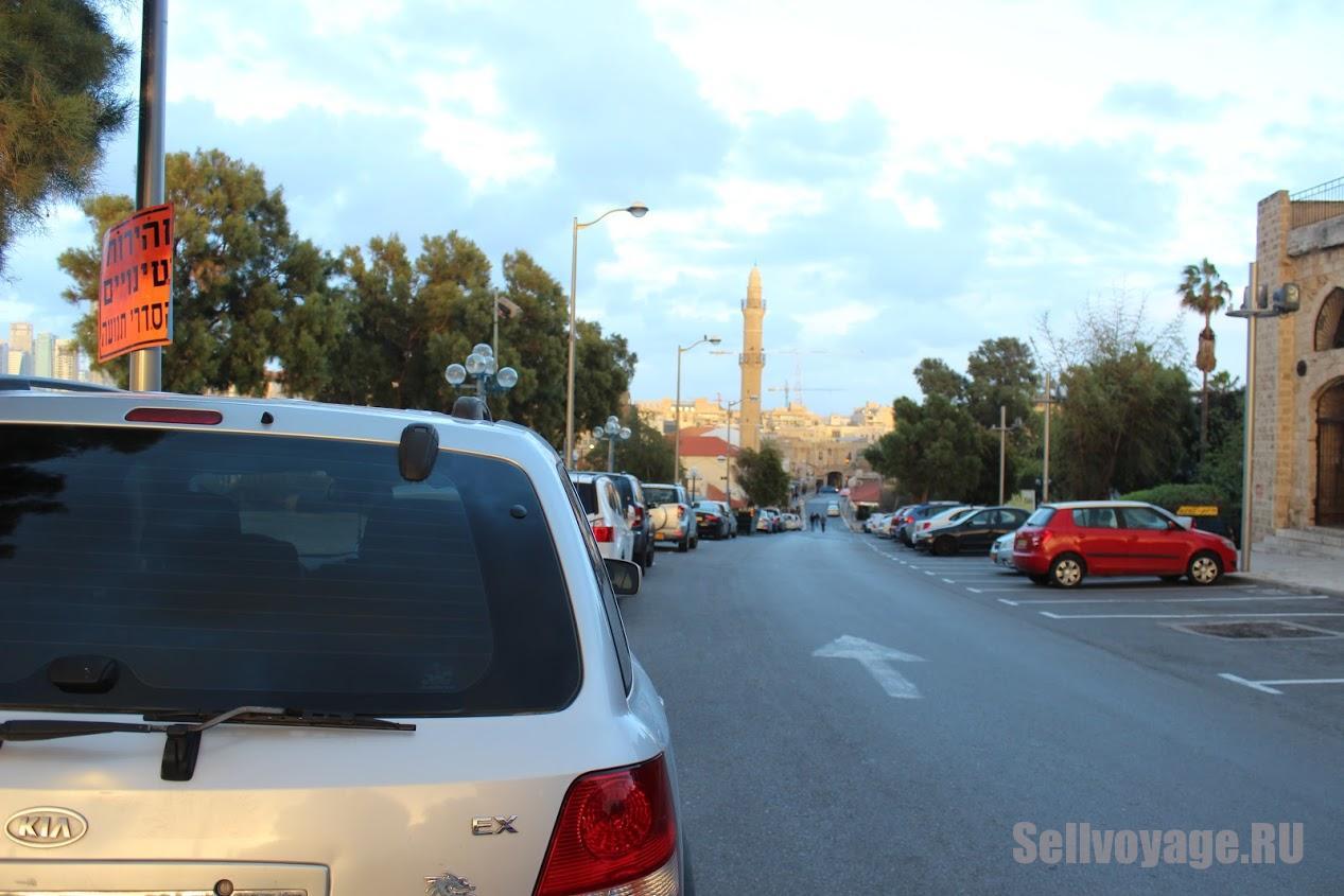 Одна из парковок в Израиле